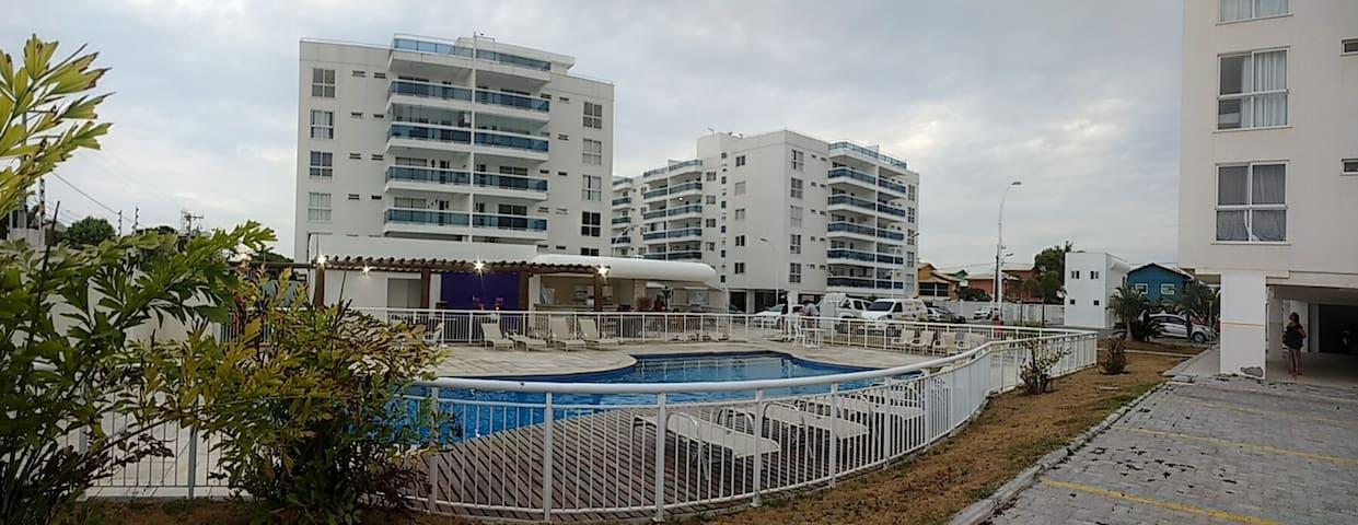 Condomínio Perto da Praia.