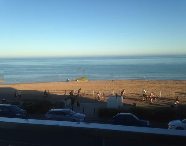 Sunny, mid century with breathtaking seaviews