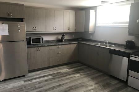 New Modern Designed 3 Bedroom Apartment