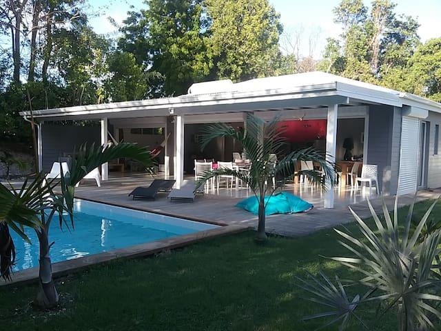 Belle villa neuve en bois contemporaine - GP - Villa