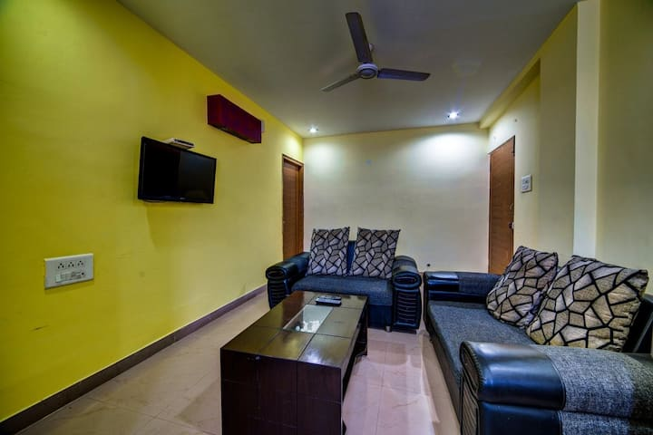 Private 1 BHK Flat for  Leisures @ Madhapur