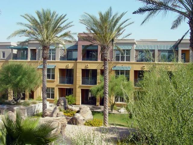 Desert Ridge 2BR 2 Bath full kit Villa March 16-23