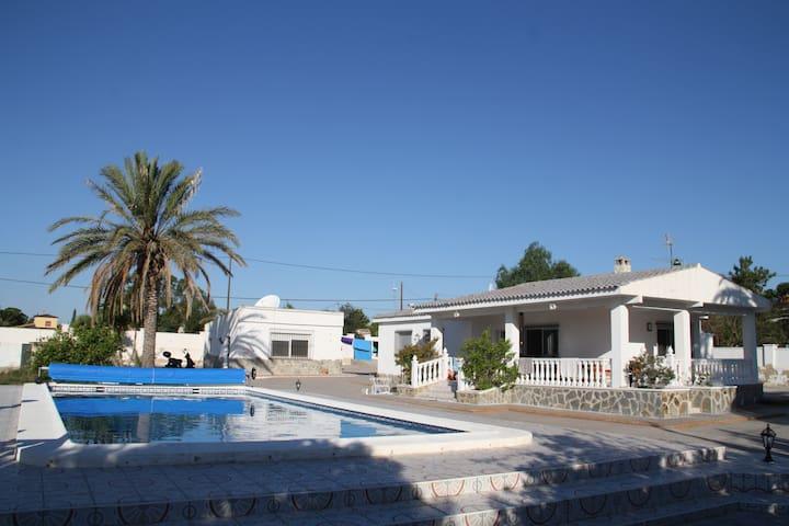 Villa Setena - San Vicente del Raspeig - บ้าน