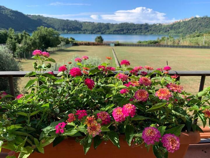 Casa al Lago di Nemi con terrazza panoramica