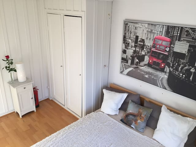 Come stay with a traveling family - Oslo - House