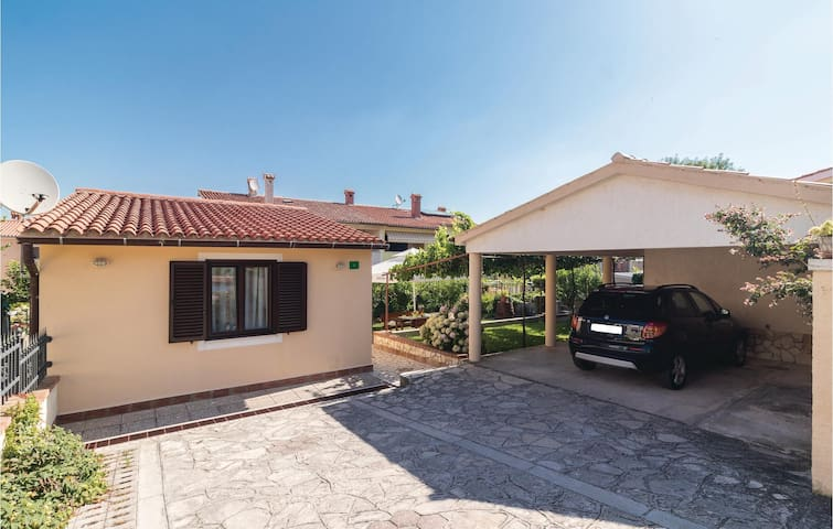 Holiday cottage with 1 bedroom on 59m² in Pula