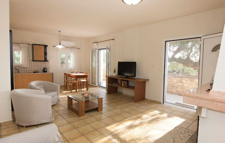 Valcasa Estate - Ground Floor 200m from beach
