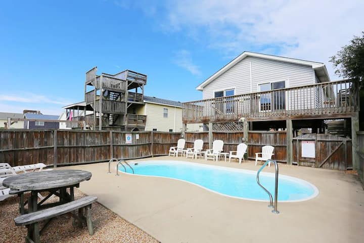 4125 Sea Dawg * 4 Min Walk to Beach * Pet Friendly * Pool & Hot Tub