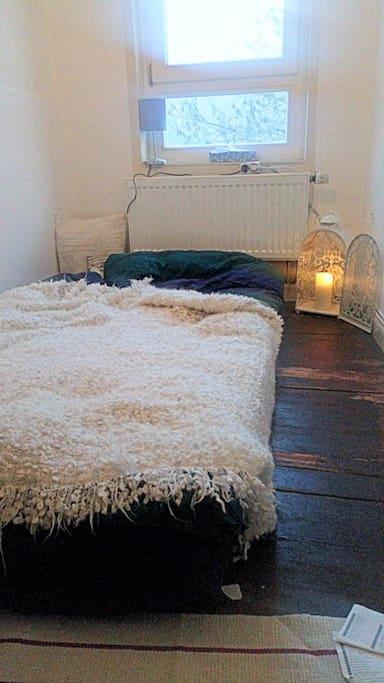 Das gemütliche Schlafzimmer - geeignet für zwei Personen.