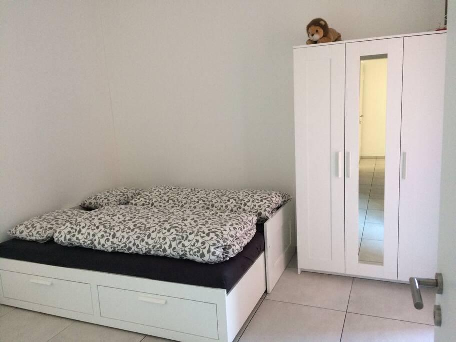 Stanza accogliente lugano centro appartamenti in affitto for Stanze affitto lugano