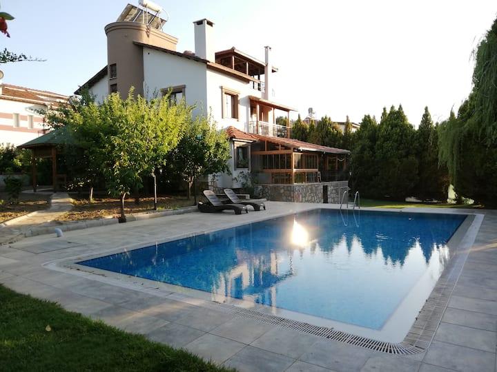 Villa Kalenci