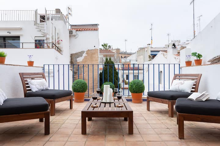 Boutique penthouse in Sitges center next/ beach