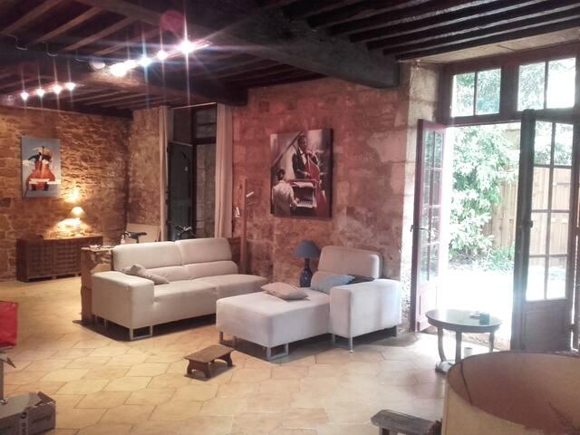 chambre dans appartement au coeur de Sarlat - Sarlat-la-Canéda - Pis
