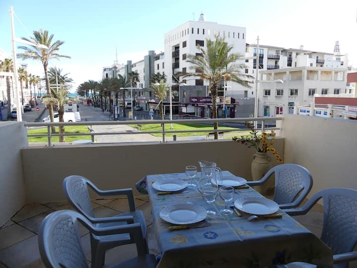 Appartement  4 voyageurs, terrasse  vue mer, plage