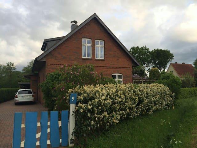 Landleben pur! Ruhe und Idylle - Horst - Hus