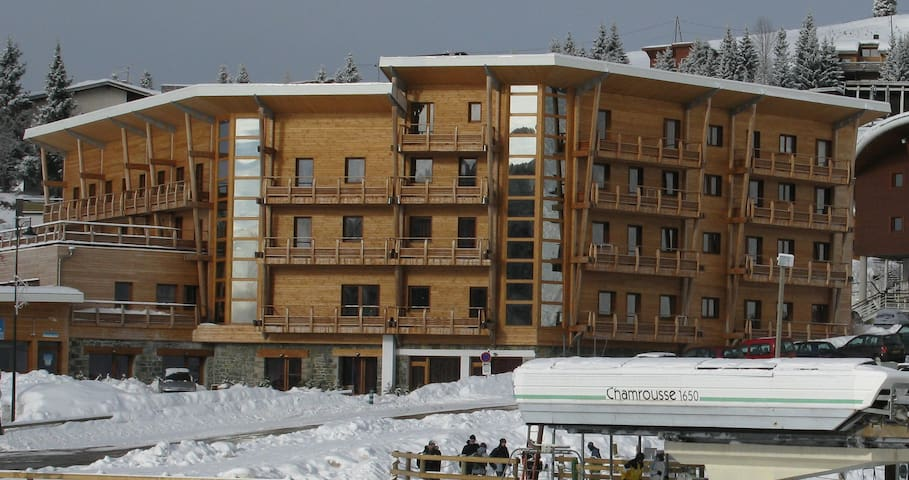 Chamrousse Ski Apartment