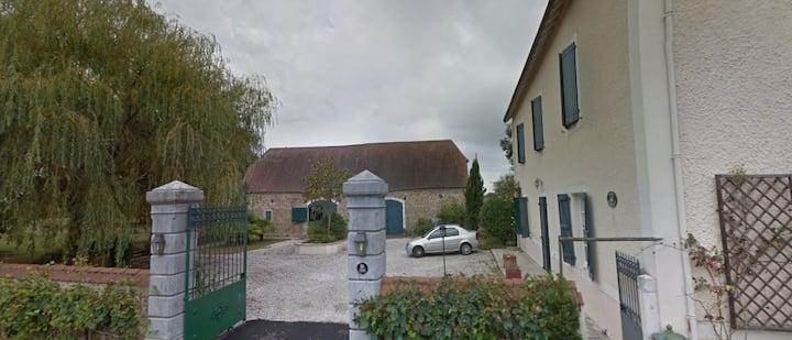 Chambre privée à Lalonquette (1 min Sortie A65)