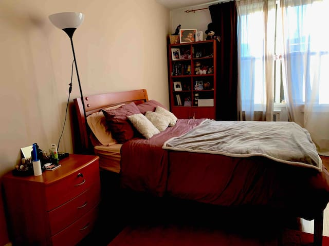 Private room for short time rent, Sheepshead Bay