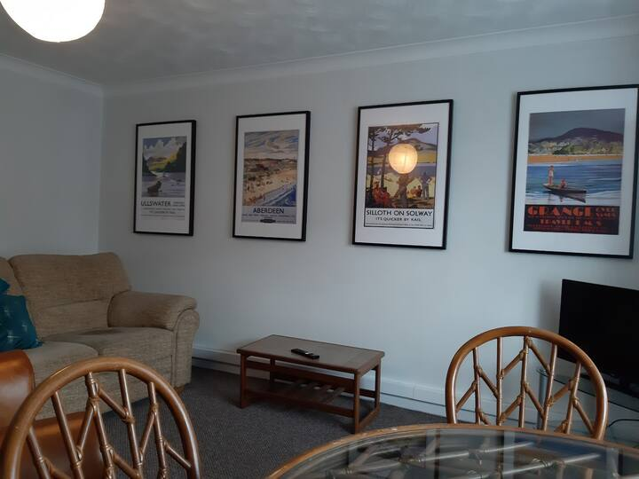 Comfortable  Apartment, Carlisle ,in good area