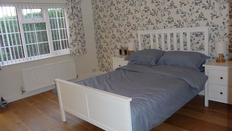 Private Double Room with En-Suite