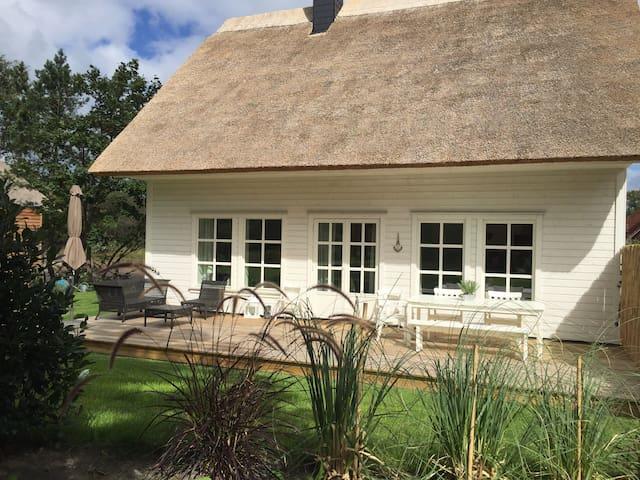 Neues Ferienhaus mit Kamin und Paddelboot (Darß) - Wieck a. Darß