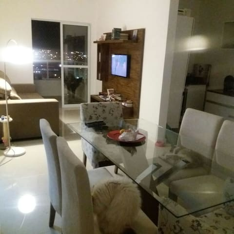 Cosy 2 bd w/parking included/Apê confortavel c 2/4 - Itajaí - Apartment