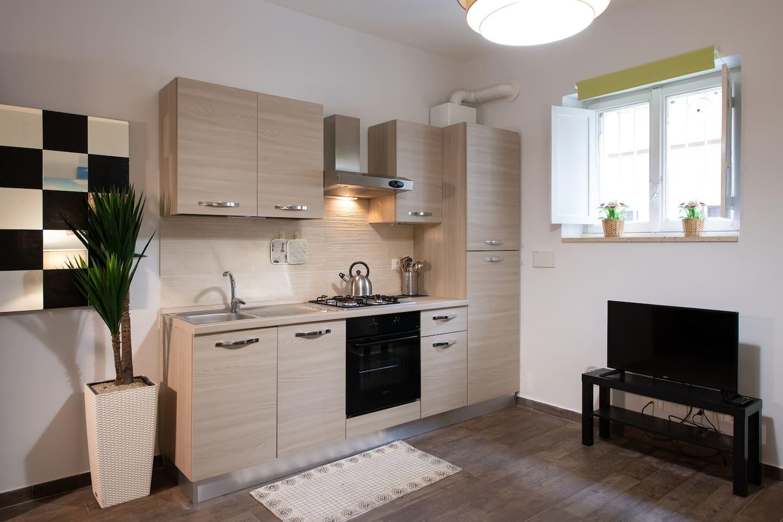 Una cucina full optional è il cuore della casa. Full optional kitchen is the heart of the apartment