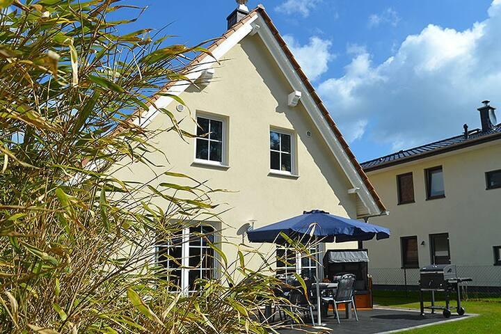 Haus Breitenstein - Baabe Ostseebad - House