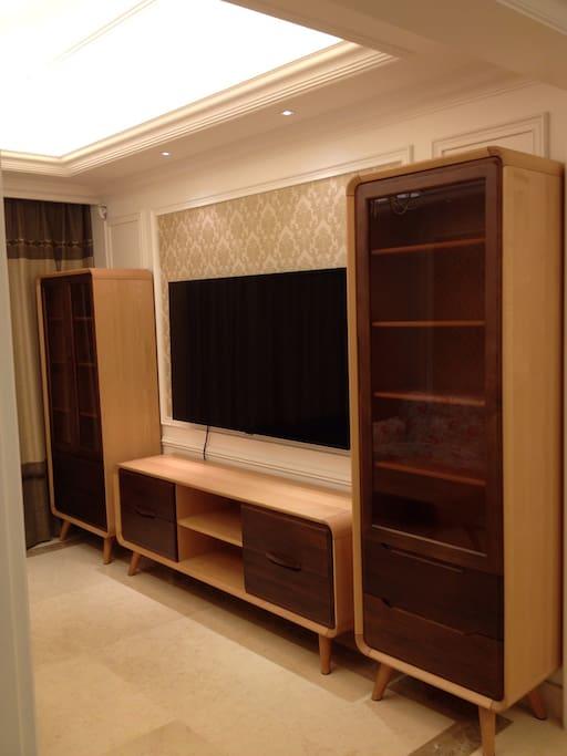 北歐實木家具,进口65寸大型电視