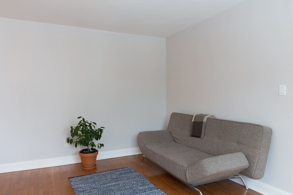 Minimalist apt close to national mall and metro for Minimalist werden