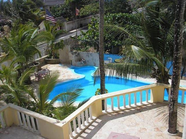 Hotel El Viejo Pirata, Boca de Yuma @elviejopirata - Boca de Yuma - Auberge de jeunesse
