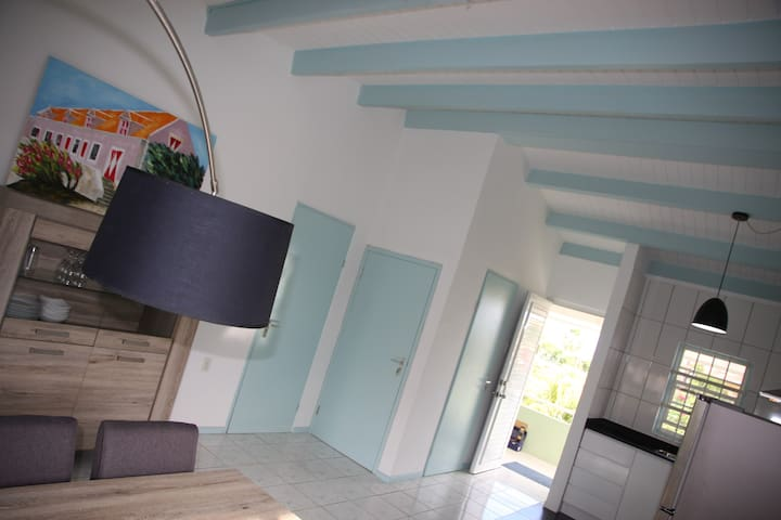 Super nice modern apartment Curacao poss. with car
