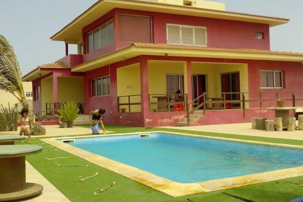 parte lateral casa e piscina