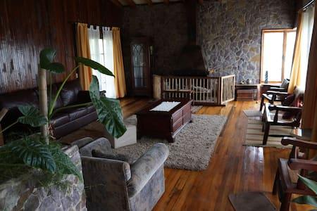 Habitación en Casa de Campo en Limache - Limache