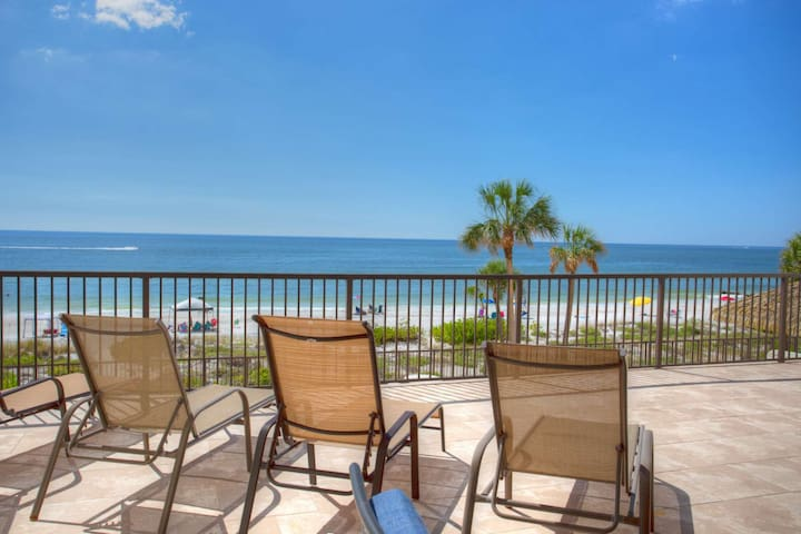 Steps to Beach! Enormous Private Beachfront Patio, Totally Renovated 3rd Floor Ocean Sands Condo