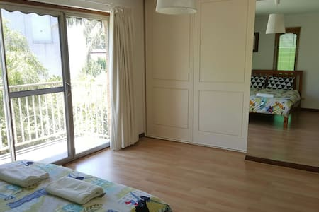 Close to airport and city townhouse