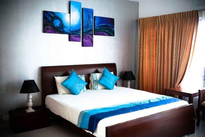 Mount Marina Villa No.12 Double Rooms