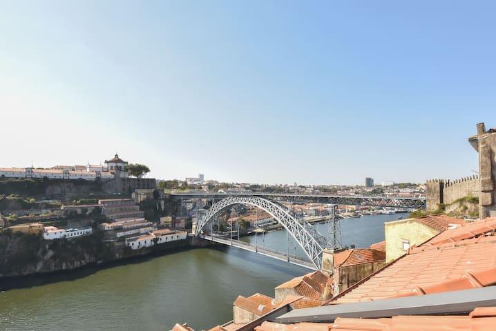 MiraDouro25 - nehrin kenarında lüks mimar tasarımı