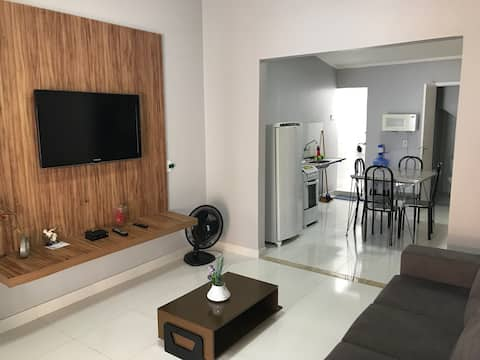 Casa em condomínio fechado em frente ao Rio