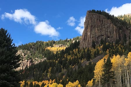CO Mountain Escape-Escape the Crowds!