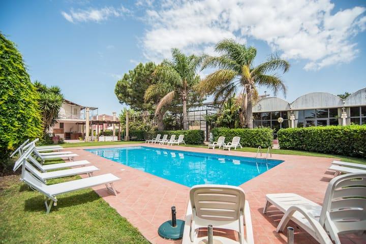 Solemare Monolocale per 2 in Residence con piscina