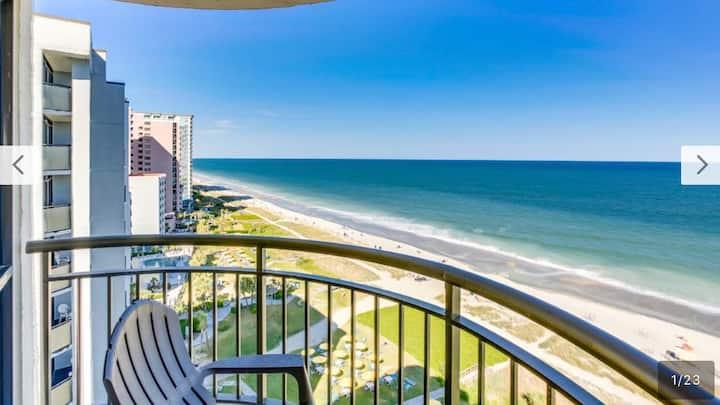 Meridian Plaza Oceanfront Oasis