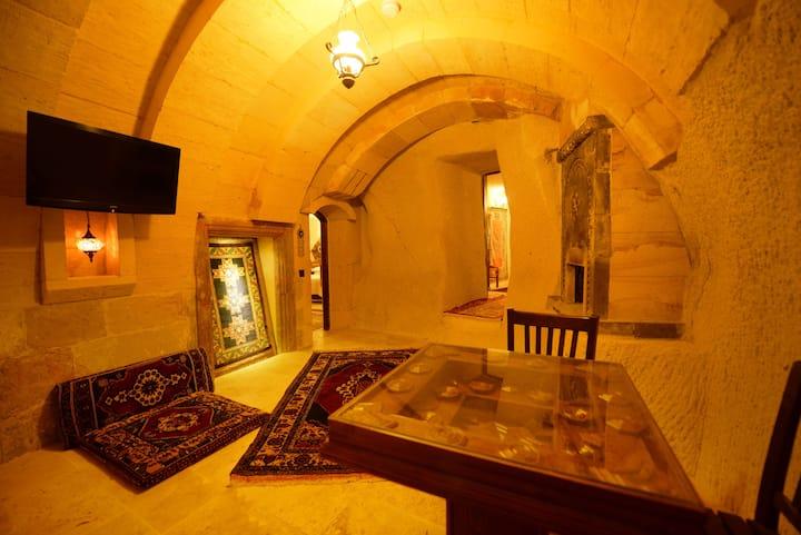 Cave Suite @ Vineyard Cave Hotel