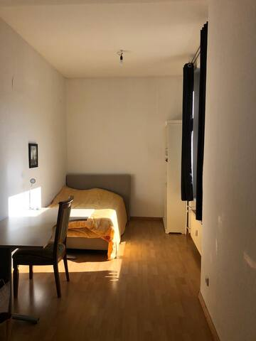 Private simple room for 1 person