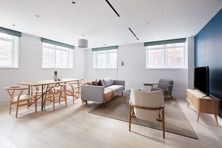 Sonder | The Arts Council | Warm 1BR in Westminster