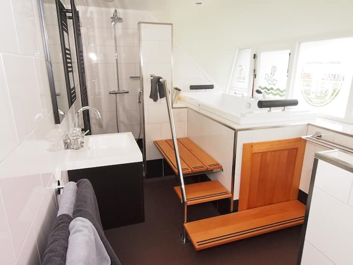 "Pension ""Op 'e Koai"", Holland America Line kamer"