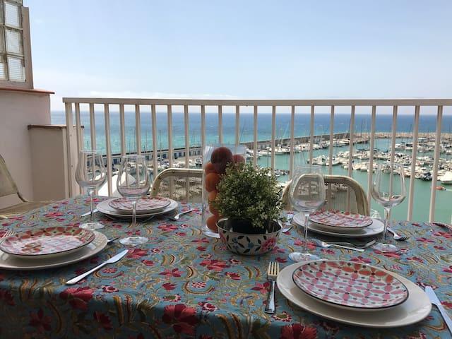 Casa en Garraf con vistas al mar