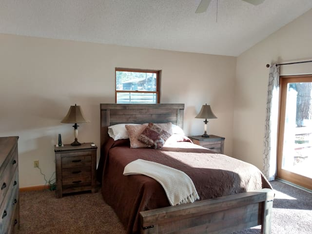 Arena Side Villa at Fiddlers Green RV Ranch
