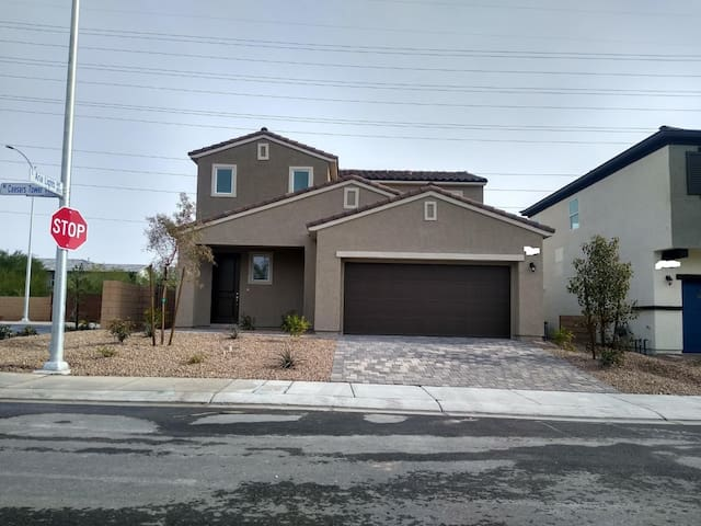Comfy Brand New House in North Las Vegas