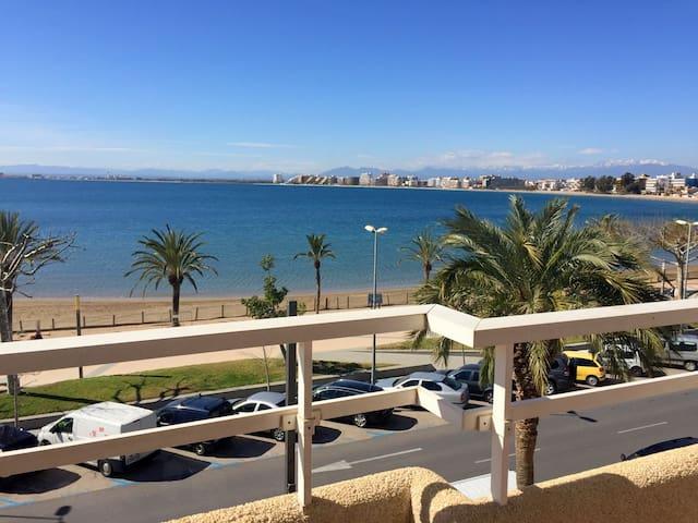 Rh1- Apartamento en 1º linea con vistas al mar - Roses - Apartment